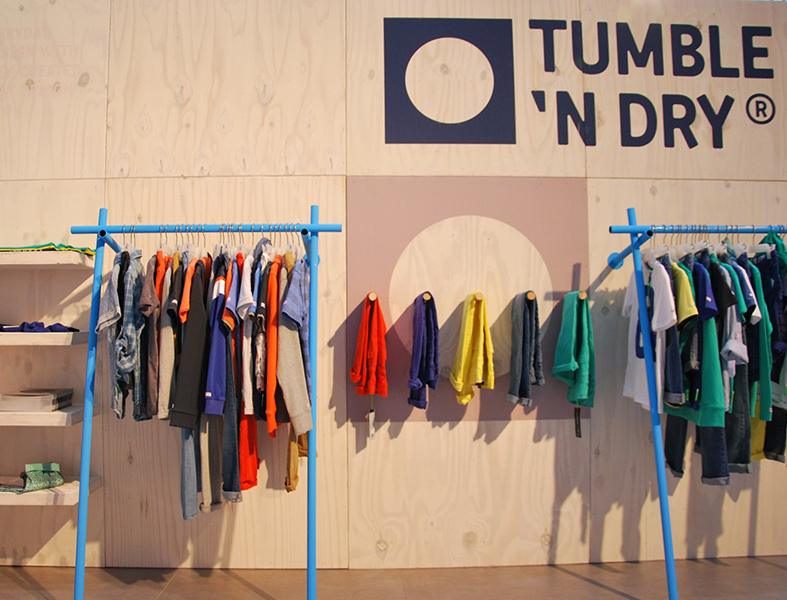 04_TUMBLE_N_DRY_BRAND_SPACES_TRADE_SHOW_CONCEPT_5